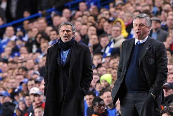 José Mourinho regresó a Stamford Bridge, estadio donde con...