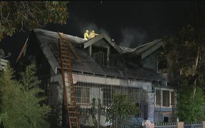 Dos heridos por incendio en una casa abandonada que estaría siendo utili...