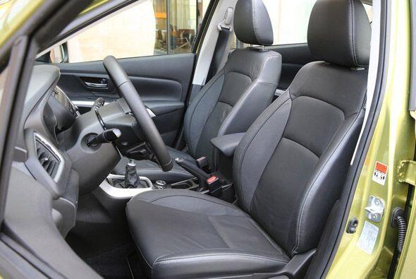 Utilizando el SX4 como plataforma, Suzuki creó una vagoneta del antes me...