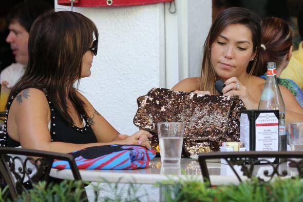 Parece que fue el turno de Frida Sofía para pagar la cuenta, &iex...