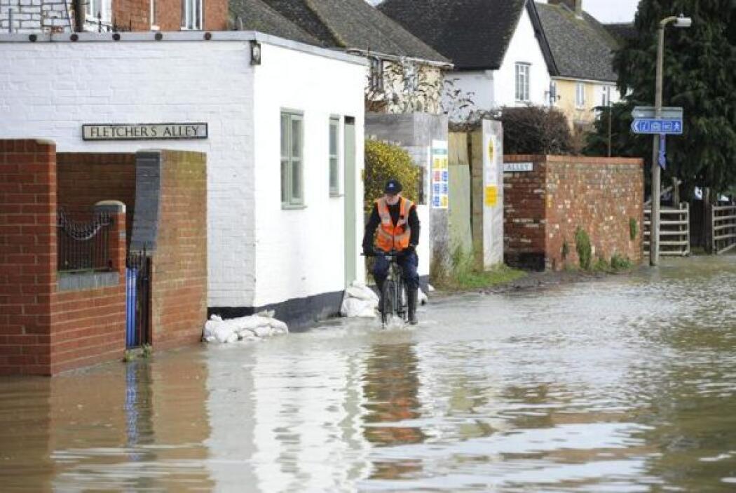 Luego de que fuertes vientos e intensas lluvias azotaron partes del país.