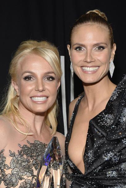 Britney Spears y Heidi Klum nos dan su mejor sonrisa.