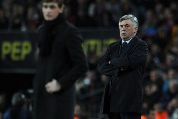 Los técnicos de los conjuntos, Tito Vilanova y Carlo Ancelotti, mostraba...