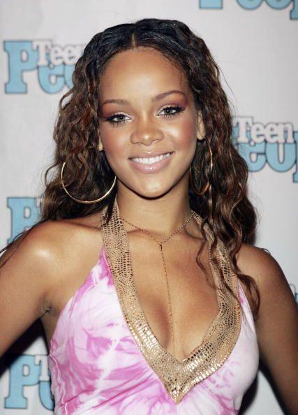 Robyn Rihanna Fenty nació un 20 de Febrero de 1988 en Barbados, u...