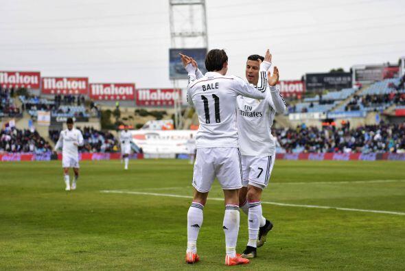 Gareth Bale, muy criticado en las últimas semanas por su individualismo,...