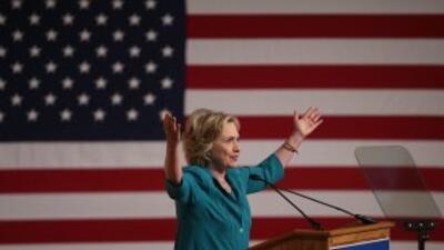 La precandidata demócrata, durante su discurso en Miami.