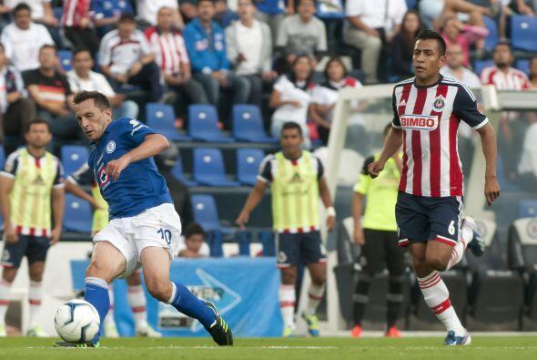 Omar Esparza (8).- El hecho de que Esparza vuelve  jugar, es motivo para...
