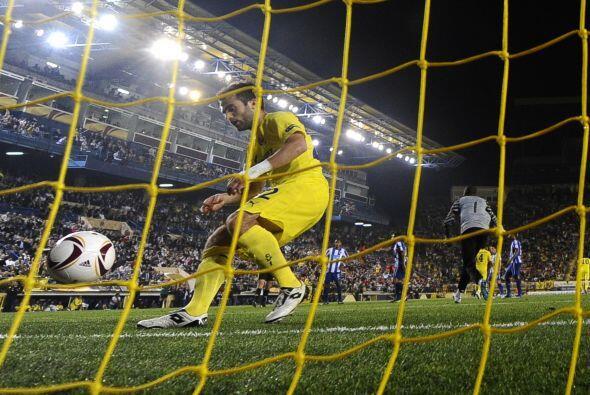 El italiano Guisepe Rossi se encargó de convertirlo en gol, pero sólo le...