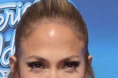 Parece que a Jenni ya ni el maquillaje le favorece, ¿qué opinas?
