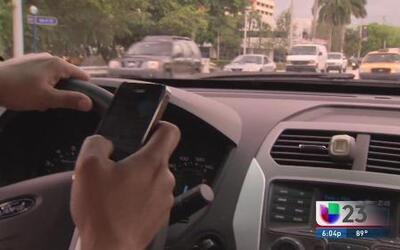 Policía estará vigilante de los que manejen y texteen