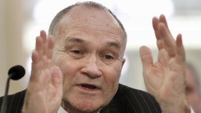 El comisionado Kelly dijo que los arrestos en este caso ilustran la dete...