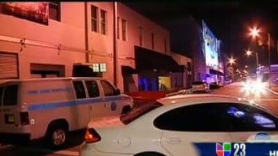 Un tiroteo en la discoteca 90 degrees de Miami dejó a varios heridos el...