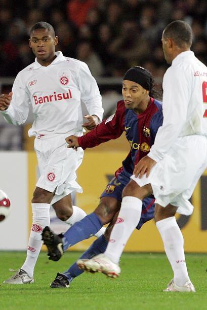 Internacional de Brasil y el Barcelona de España se enfrentaron e...