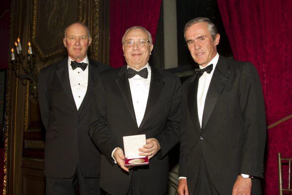 George Moore, el empresario Fernando D'Ornellas y el empresario y filánt...