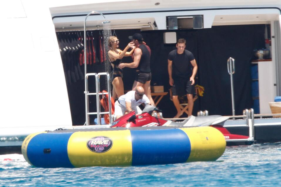 Paris Hilton estrena romance, con el multimillonario Thomas Gross.