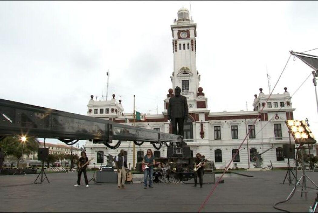 Filmaron todo el día en esta plaza de Veracruz.