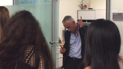 Las Fenix hicieron bailar a Maria Elena Salinas y Jorge Ramos