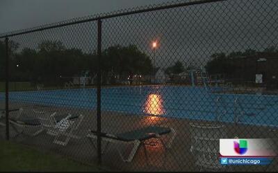 Se ahoga niño en alberca pública en Bridgeview