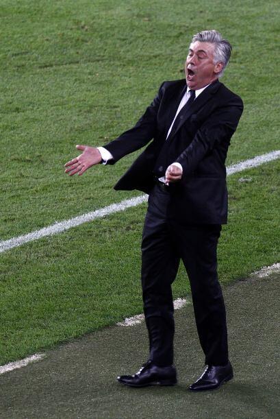 Desde la banda Ancelotti también protestó airadamente.
