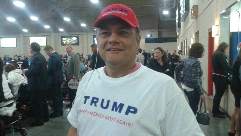 """Luis Velázquez, mexicanoamericano, vota a Trump """"para mejorar la economía"""""""