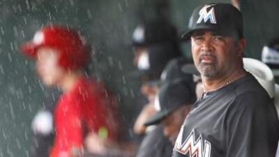 Ozzie Guillén, el manager venezolano del equipo de beisbol de los Marlin...