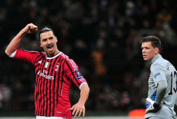 Ibrahimovic no falló y ya eran cuatro goles.