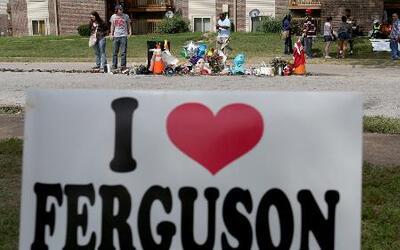Ferguson regresa a la normalidad, pero las tensiones continúan