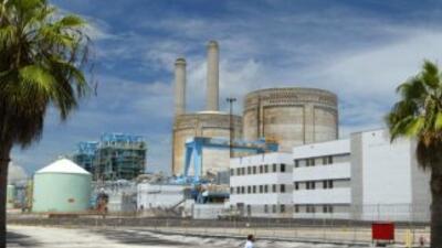 Rick Scott dio luz verde a la instalación de dos nuevos reactores nuclea...