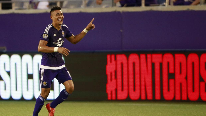 Darwin Cerén celebra su gol para Orlando City SC