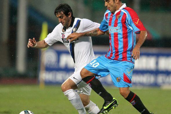 Inter visitó al Catania en busca de un triunfo necesitado.