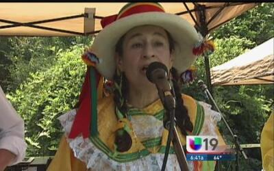 Sacramento celebra la independencia de Perú