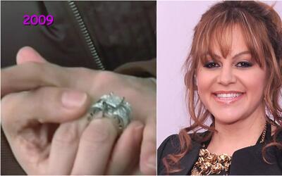 ¿Se recuerdan de este anillote que solía usar Jenni Rivera?