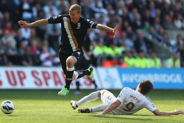 Finalmente, el Fulham venció por 3-0 al Swansea, Southampton empató con...
