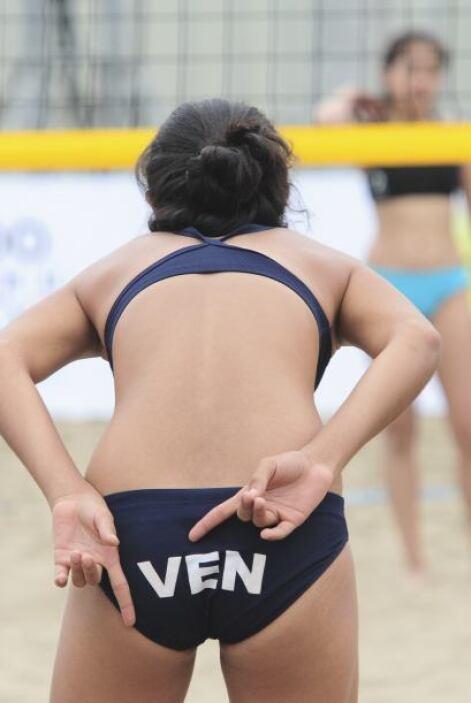 Por supuesto si algo tiene el voleibol son las señas que se hacen entre...