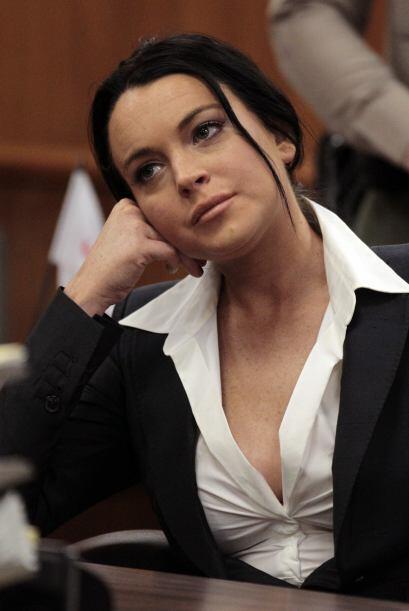 Parece aburrida, ¿verdad? En esta imagen del 24 de mayo del 2010, Lindsa...