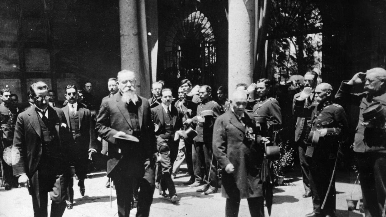 En 1917, el presidente Venustiano Carranza aprobó una nueva Constitución...