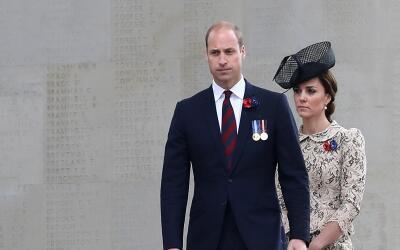 El príncipe William y su esposa Kate Middleton alegan que la publ...