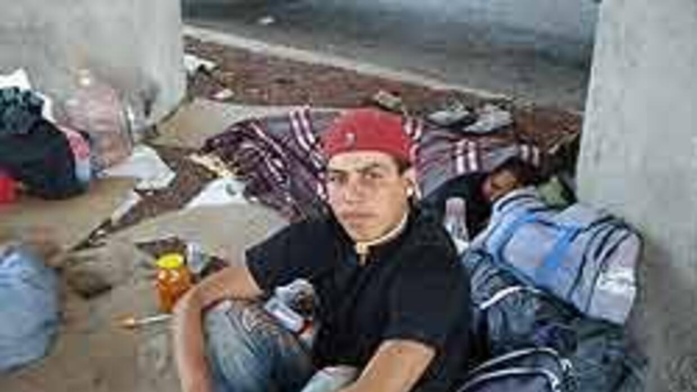Criminalizar inmigrantes no es la vía para resolver problema, afirma min...