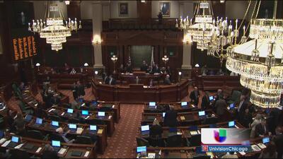Anulan reforma de pensiones en Illinois