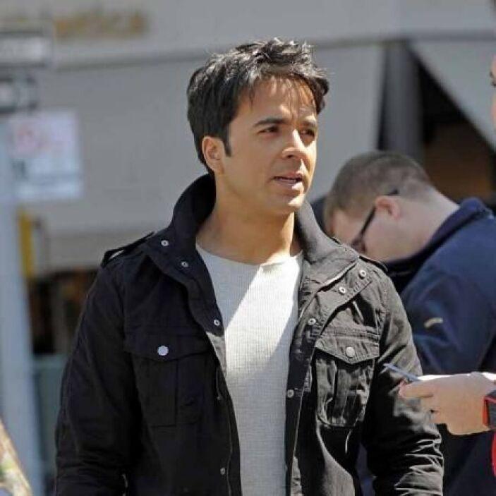 Luis Fonsi es otro Aries que nació el 15 de abril de 1978 en Puerto Rico.
