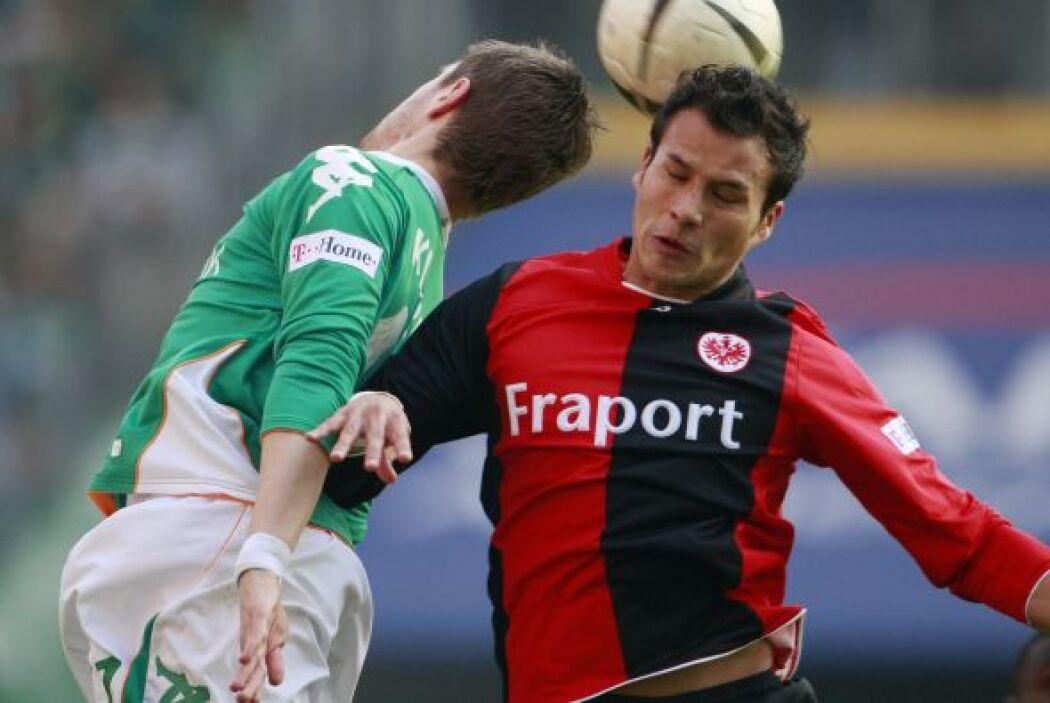 Aunque Aarón Galindo tuvo actividad con 3 equipos en Europa entre España...