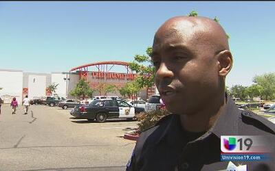 Un muerto tras balacera en centro comercial