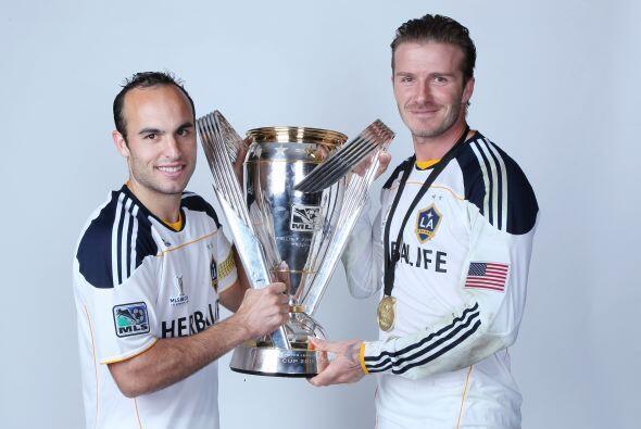 Posteriormente llegaría a Los Ángeles Galaxy, el equipo donde se convert...