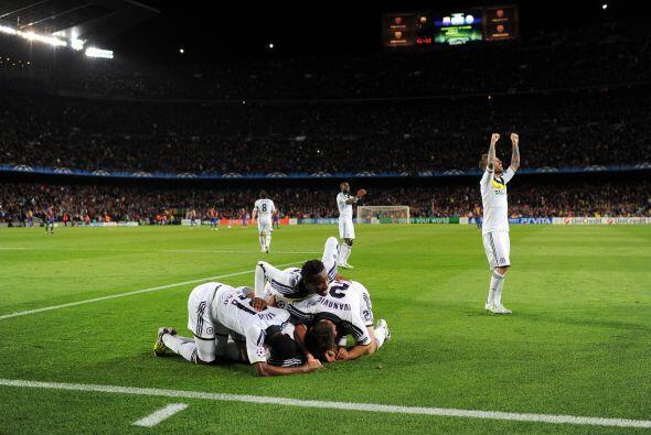 Chelsea se puso 2 a 2 y enmudeció al Camp Nou.