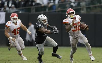 Spencer Ware brilló en el O.co Coliseum.