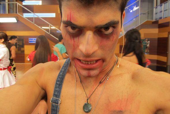Seguramente este zombie dejó locas a las chicas.