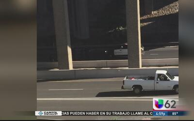 Una mujer pierde la vida al caer de su motocicleta desde un puente en Au...