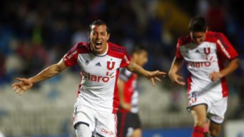 La Universidad de Chile consigió su cuarto triunfo consecutivo y manda e...