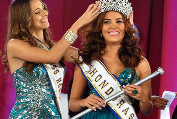 María José Alvarado, Miss Honduras Mundo 2014 y su hermana, Sofía Trinid...
