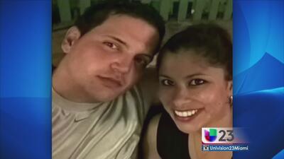 Aparece en corte acusado de destripar y matar a su novia